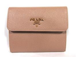 PRADA(プラダ 三つ折財布
