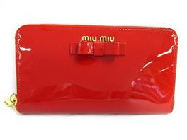 miu miu(ミュウミュウ ラウンド長財布
