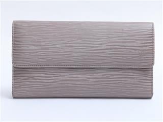 ルイヴィトン (LOUIS VUITTON) ポルトトレゾール・インターナショナル 三つ折り長財布 M6338B