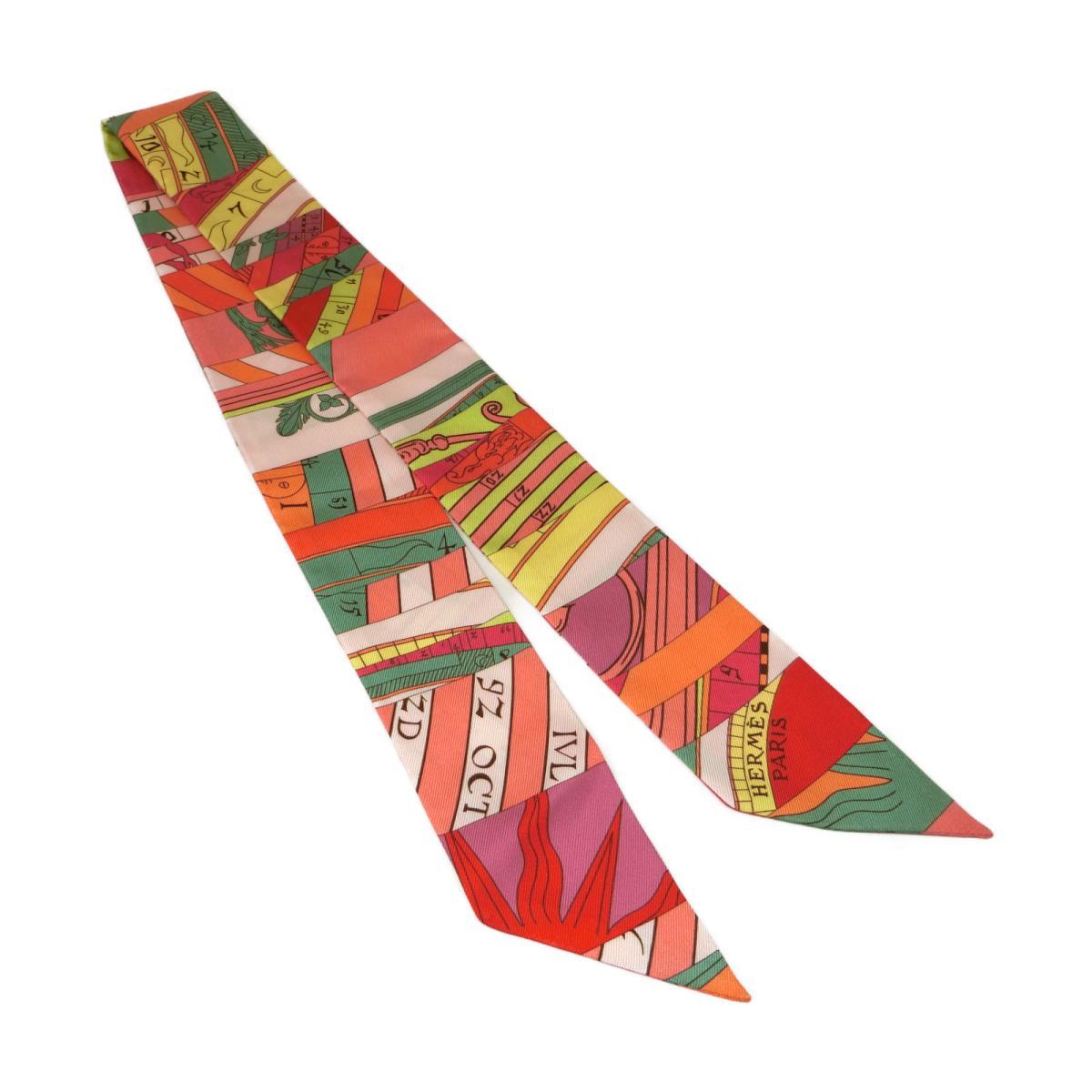 トゥイリー スカーフ