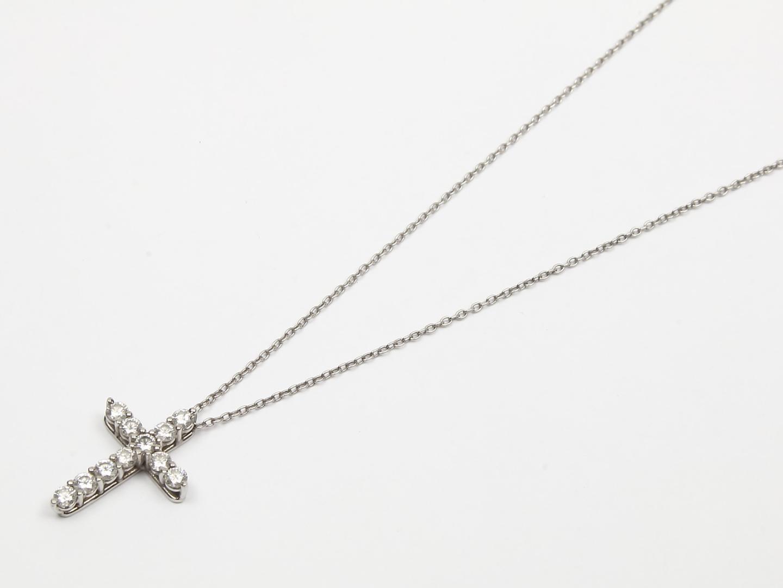 【お買得!】スモールクロスダイヤモンドネックレス/可愛い/おしゃれ/激安/プレゼント