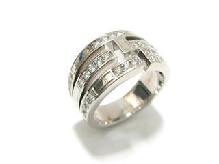 ハリーウィンストン (HARRY WINSTON) トラフィックアクセントダイヤリング 3ロウ 指輪
