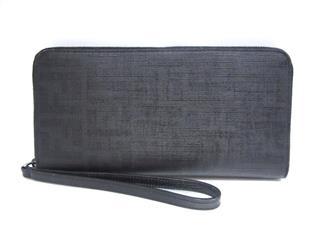 フェンディ (FENDI) ZIP財布